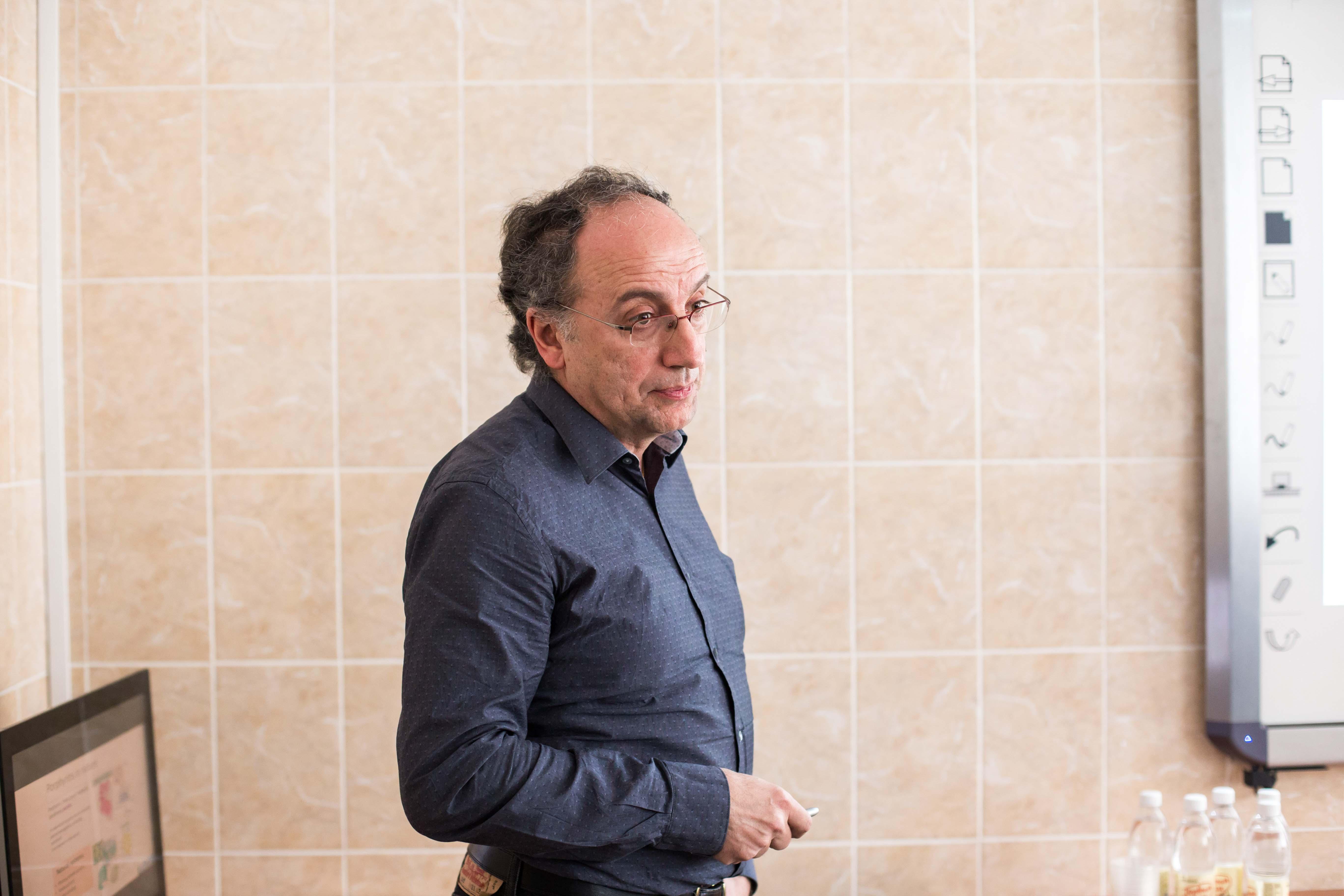 Professor Roberto Paolesse