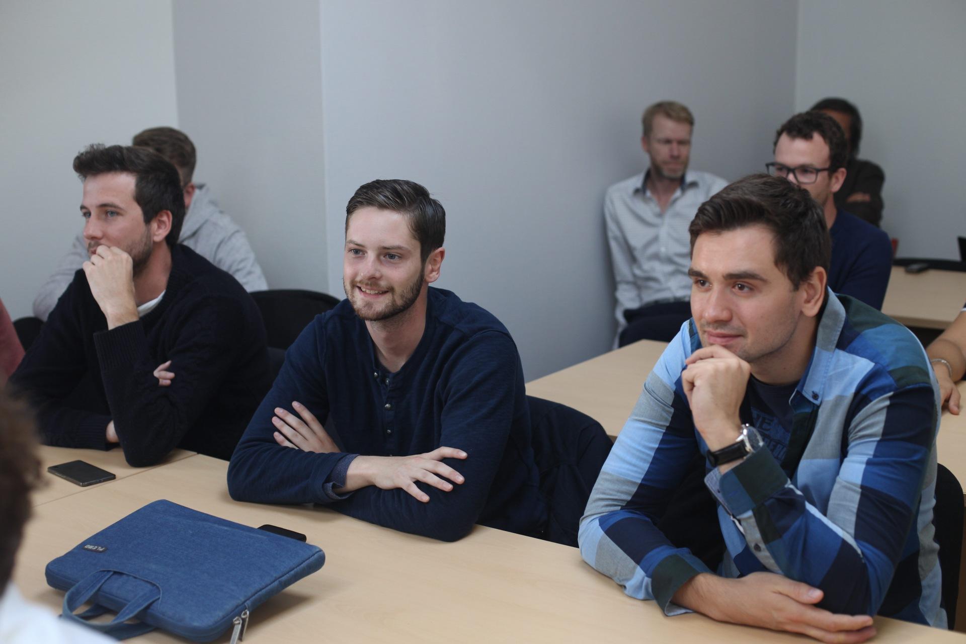 Делегация иностранных студентов, изучающих инновационный рынок России и Финляндии