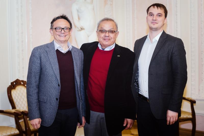 Университет ИТМО. Анвар Захидов, Сергей Макаров и Альдо ди Карло