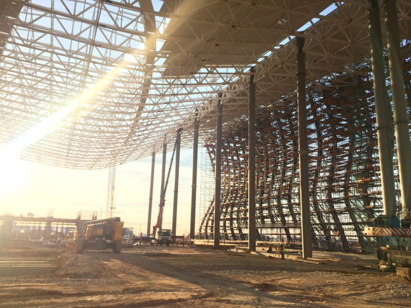 Строительство нового аэропорта в Симферополе. Источник : личный архив