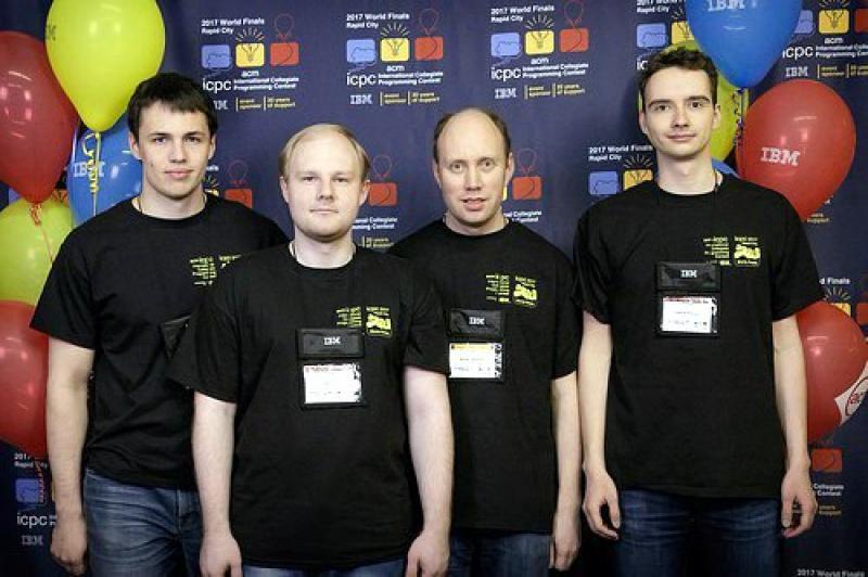 Команда УрФУ взяла бронзу намировом первенстве поспортивному программированию