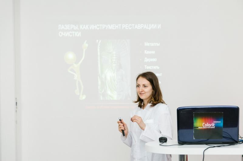 Теоретические и практические навыки дают в школе Лазерных технологий университета ИТМО