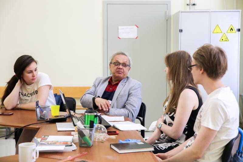 Анвар Захидов в Университете ИТМО