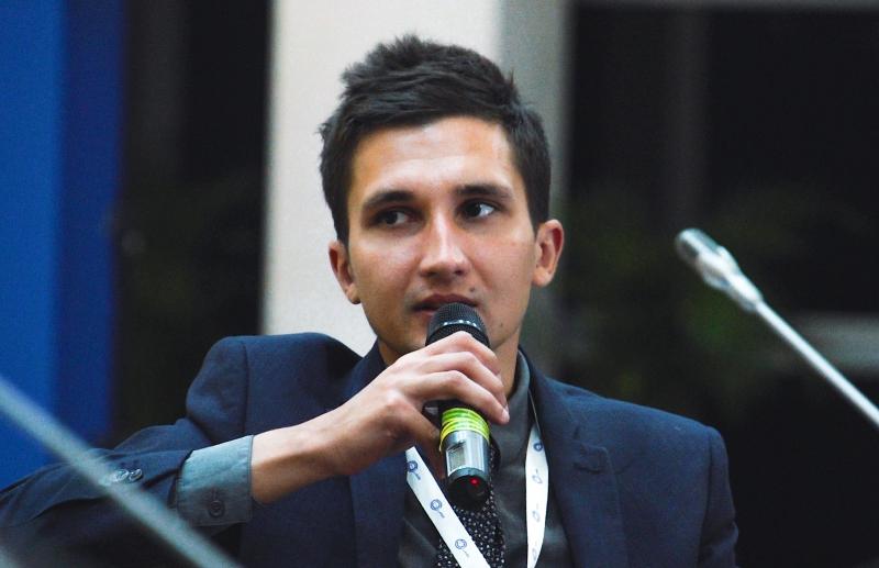 Александр Атращенко