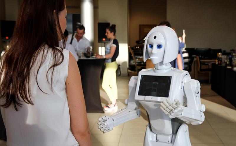Робот-рекрутер. Источник: rbc.ru