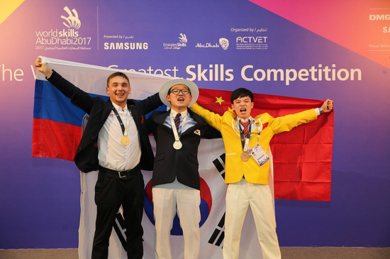 Слева - Вадим Поляков. Источник: WorldSkills International