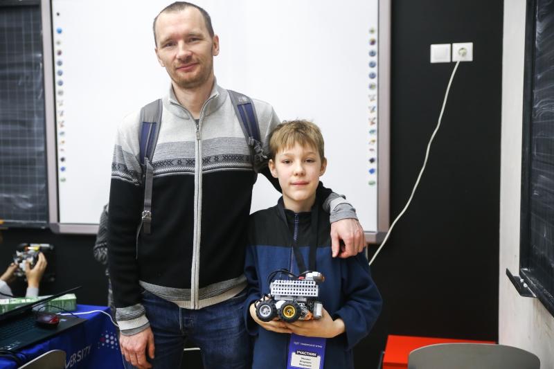 Михаил Медведев. Турнир двух столиц по робототехнике 2017