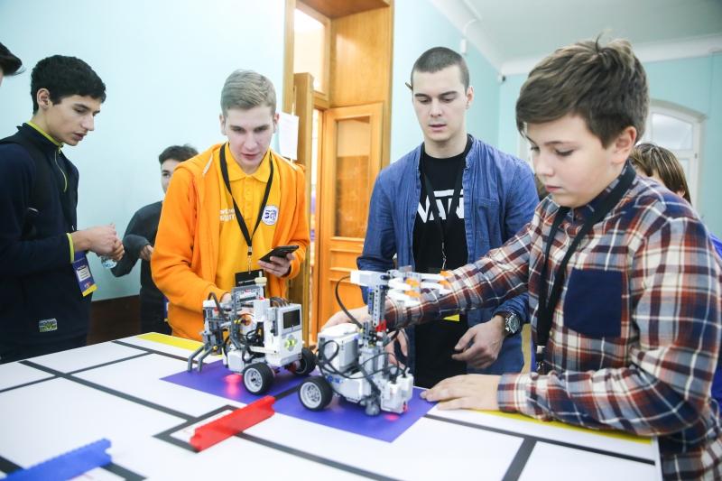 Турнир двух столиц по робототехнике 2018