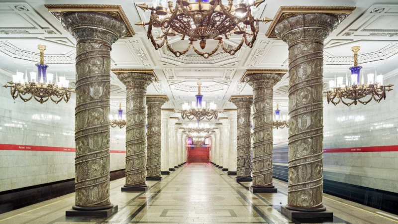 Ornate glass and marble cover the richly-decorated columns at Avtovo station. Credit: David Burdeny