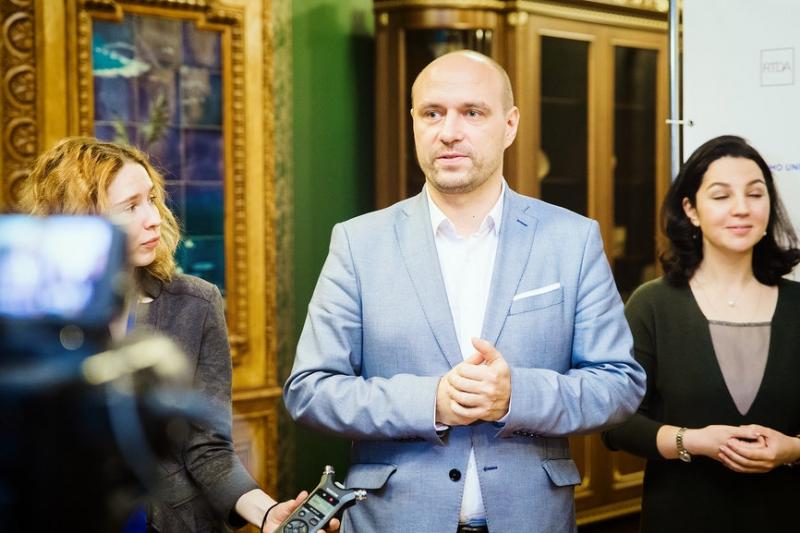 Sergey Khmelevsky
