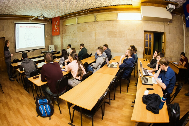 Ilya Anoshkin's lecture series 'Carbon nanomaterials for photonics and electronics'