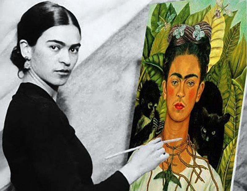 Frida Kahlo and her renowned self-portrait. Credit: teleprogramma.pro