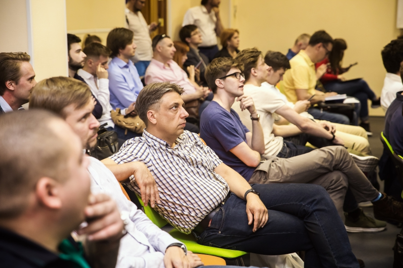 iHarvest Angels pitch session at ITMO University