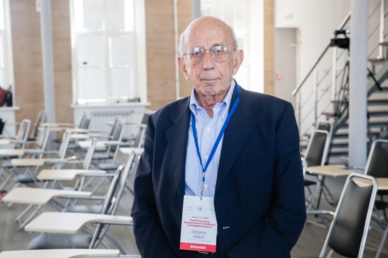 Альберто Исидори