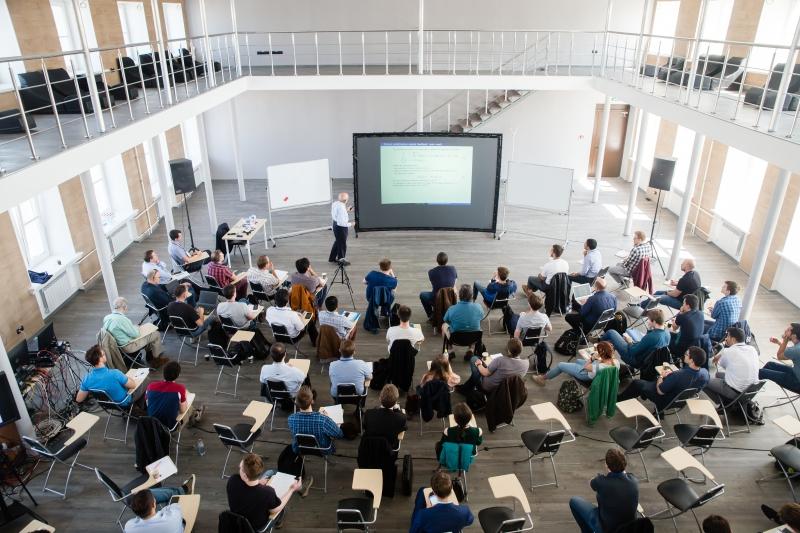 Летняя школа по нелинейному и адаптивному управлению SNAC-2019