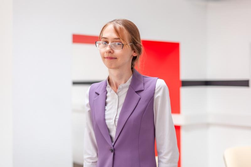 Марина Алонова