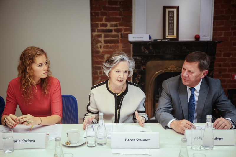 The June 2017 session of the International Council. Pictured are (left to right): Daria Kozlova, Debra Stewart, and ITMO Rector Vladimir Vasilyev