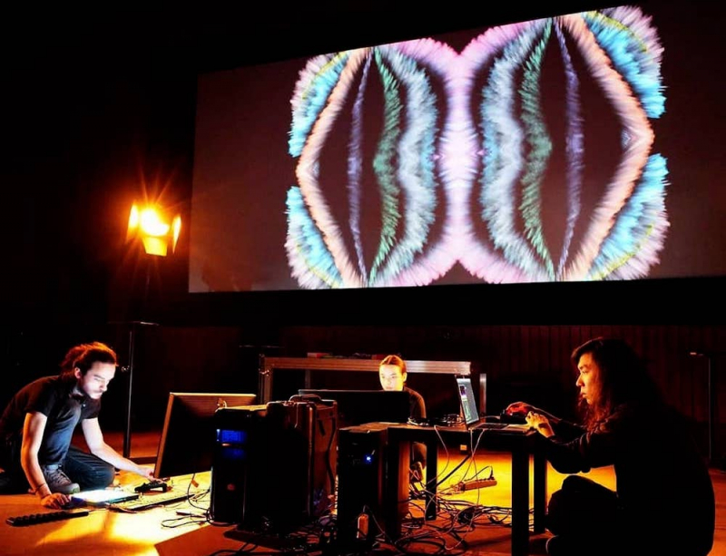 An audio-visual performance by Neo Christopher Chung and AOAS collective. Credit: ncchung.com