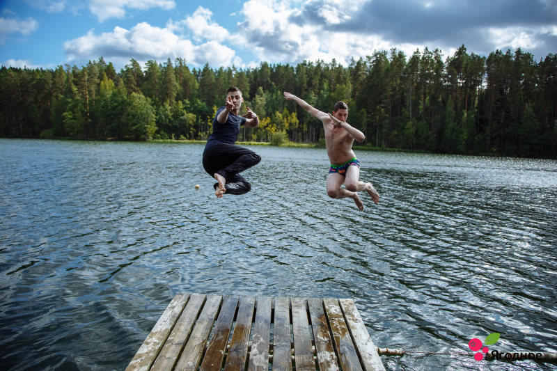 There's nothing quite like a dip in Lake Berestovoye on a summer day. Credit: student.itmo.ru