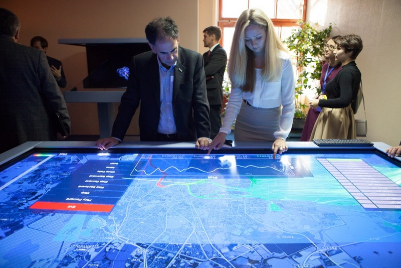 Преподаватели Амстердамского университета готовят в Петербурге специалистов по наукоемким технологиям