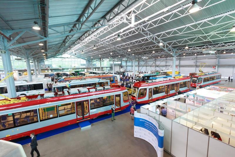 Инновации в сфере транспорта показывают на форуме в «Ленэкспо»