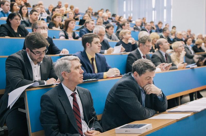 Опубликованы предварительные данные мониторинга эффективности российских вузов
