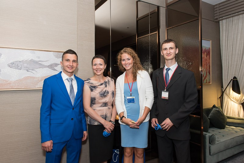 Делегация Университета ИТМО выступила на Международной конференции по инфракрасному, миллиметровому и терагерцовому излучению в Гонконге