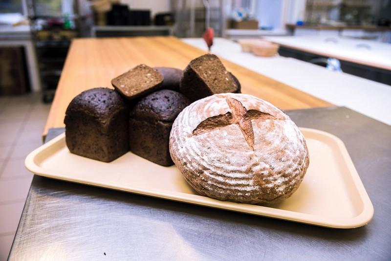 Здоровая пища для здоровых людей: как пекут хлеб и варят пиво «по науке»