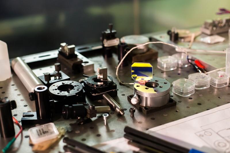 Ученые Университета ИТМО разработали инновационные лазеры для систем наведения и геодезии