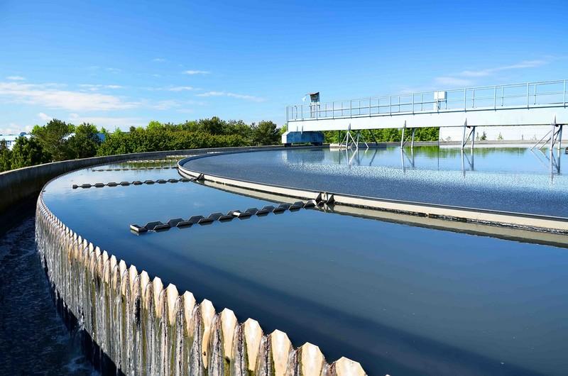 Сенсоры, спектроскопия и энергосбережение: чем ученые могут помочь петербургскому «Водоканалу»