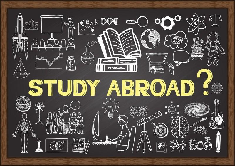Keep calm and do research: аспиранты получили стипендии на обучение за рубежом