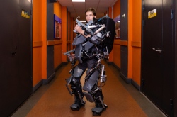 ITMO Student Designs an Active Exoskeleton to Lift Weight