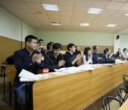 Студенты из Университета Шанхайской организации сотрудничества прошли обучение в Петербурге