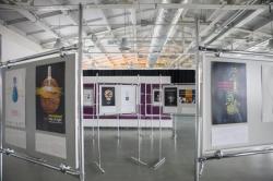 В «Ткачах» открылась выставка постеров о свете