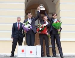 Губернатор Санкт-Петербурга поздравил команду Университета ИТМО с рекордной победой