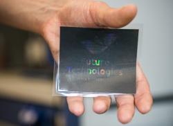 Ученые Университета ИТМО предложили первый способ печати голограмм на струйном принтере