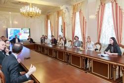 Чем британское правительство может помочь российским студентам?