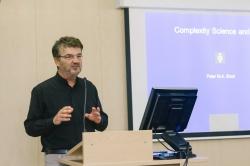 iЧеловек и iОбщество: в Петербурге стартовала конференция о влиянии технологий на жизнь людей