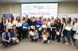 Girls4Tech Graduates Present Final Projects