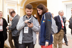 Face to Face Startup: How Participants of ITMO's Pre-Accelerator Program Improve Events Networking
