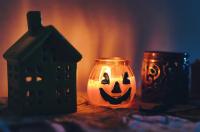 This Stay-at-Home Weekend in St. Petersburg: Halloween Movie Marathon in Lockdown